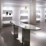 Mesa diseñada con espejo Guardian